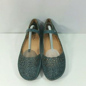 Pikolinos Womens Teal Perforated Mary Jane Shoes